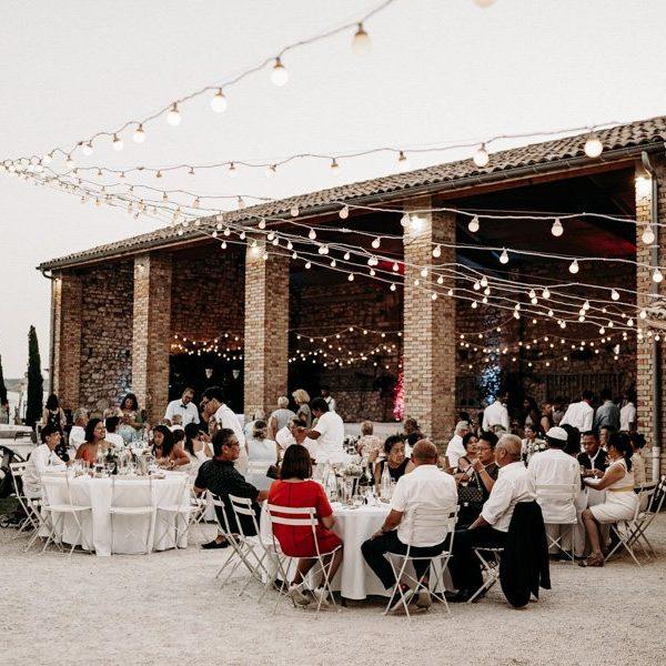 Repas Mariage extérieur ciel étoilé Domaine de Sarson Provence Domaine