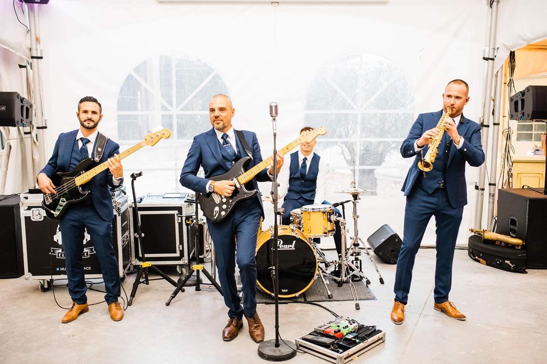 Dimfeel DJ groupe musique ambiance mariage réception wedding musical sud de France